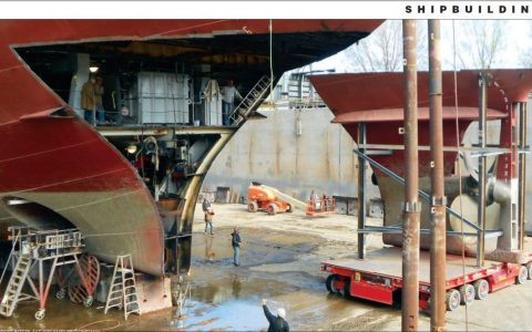 lower-hull-removed-for-propeller-replacement_dv-shown